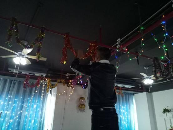 2019年峰程7080年度表彰会暨元宵晚会 布置会场
