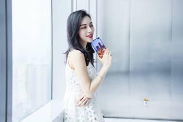 /Applications/言/君信 2018/S10/广州/vbox11119_2K9A8235_213134_small.JPG