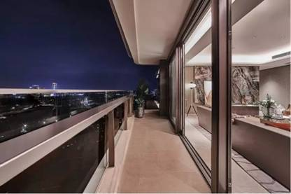 阳台.webp
