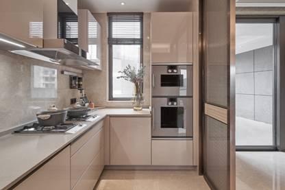 图片包含 室内, 地板, 橱柜, 厨房 描述已自动生成